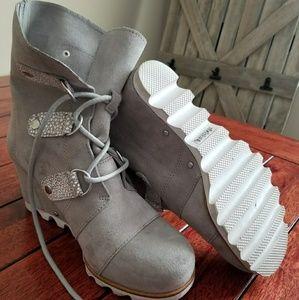 Sorel Shoes - Sorel sz 7 wedge
